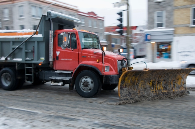 montreal-clearing-roads