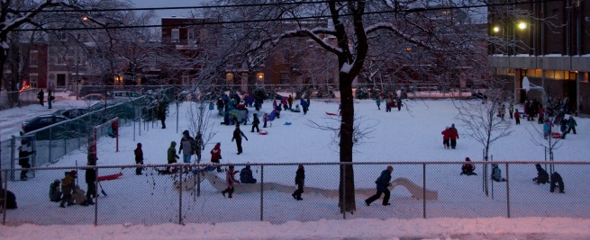 schoolyard-fun-in-the-snow-dec_11_montreal