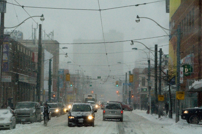 snowy-weather-in-toronto2