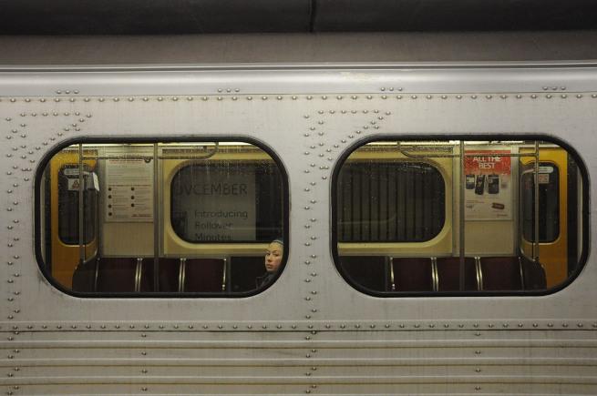 subway-girl-toronto-dec-24-08_513