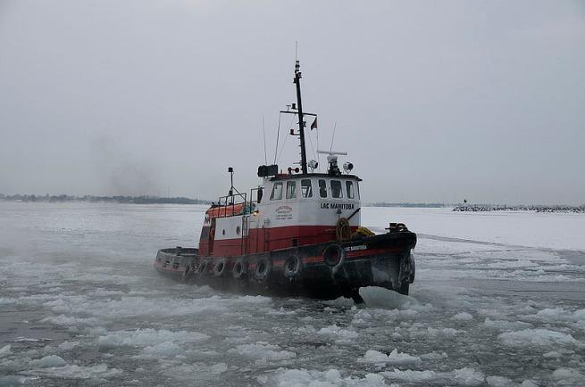 kingston-tug-boat