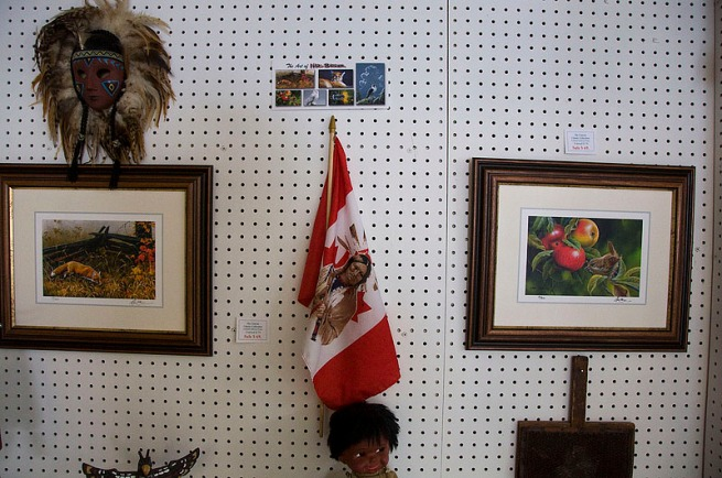 mohawk-canadian-flag