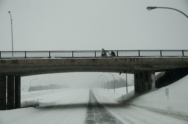 mother-on-overpass