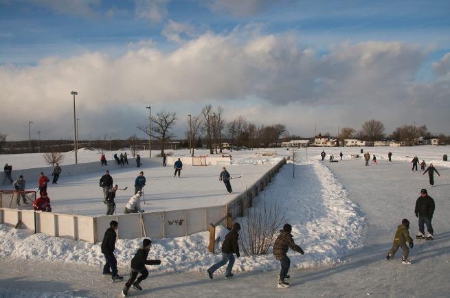 skating-outdoors-kingston-000