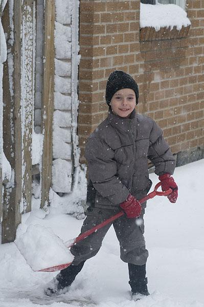 a-boy-shovels