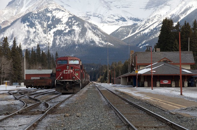 banff-train-station
