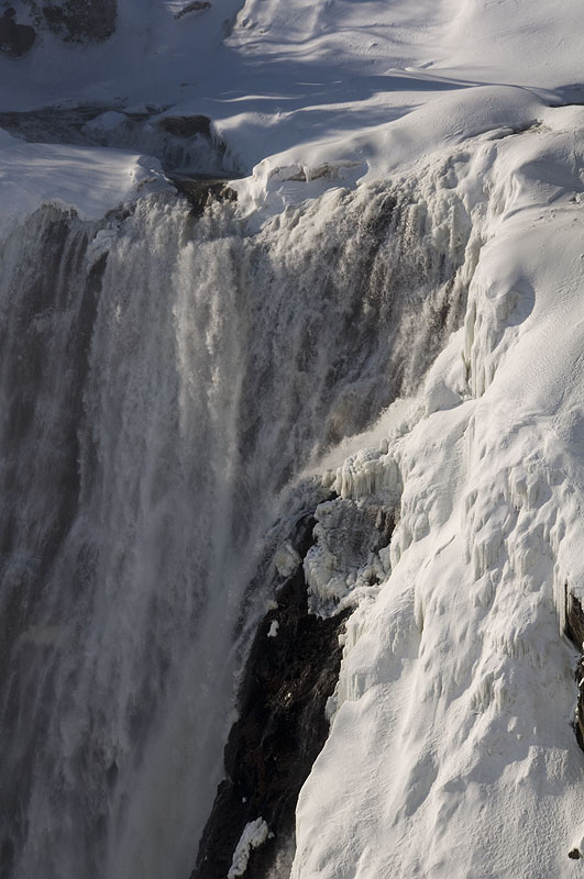 close-up-of-les-chutes