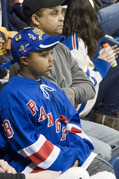 hockey-boy-rangers-hockey-day-in-canada-quebec-city-076