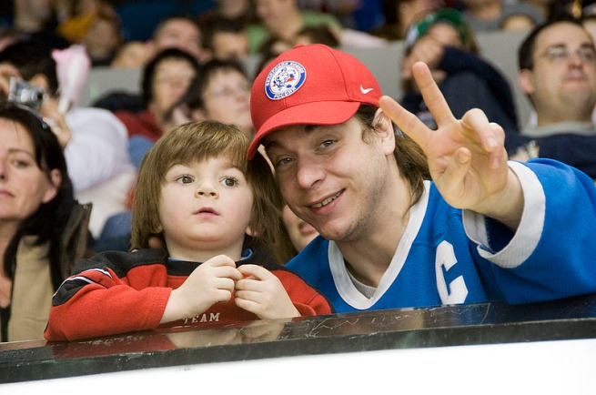 hockey-game-dad-and-son
