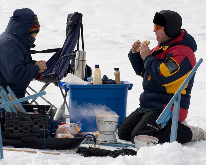lunch-on-the-ice