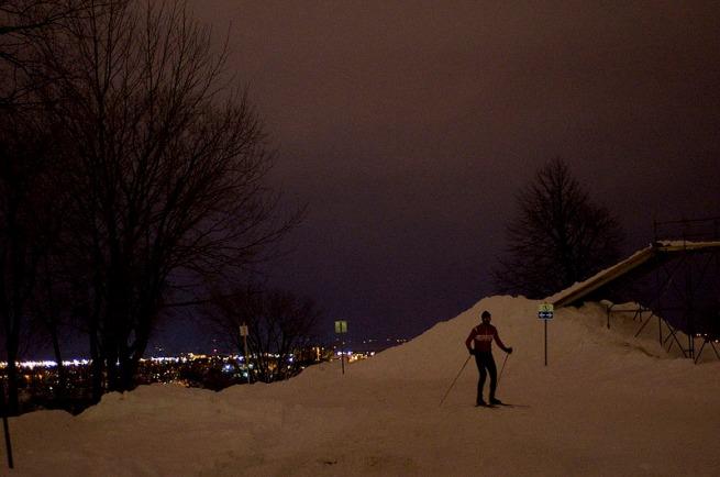 skiing-at-night-quebec-city