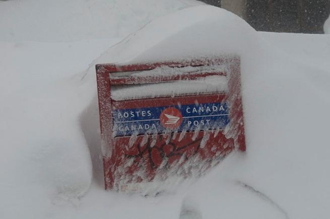 snow-post-box