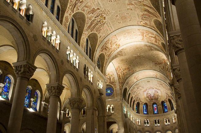 st-anne-de-beaupre-basilica-interior