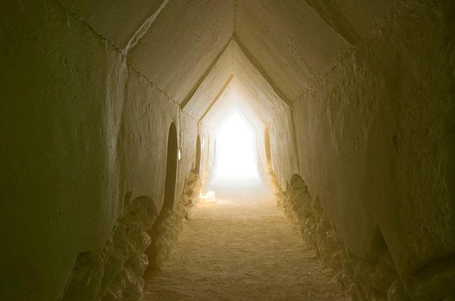 suite-hallway