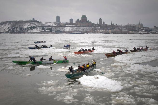 canoes-bottleneck