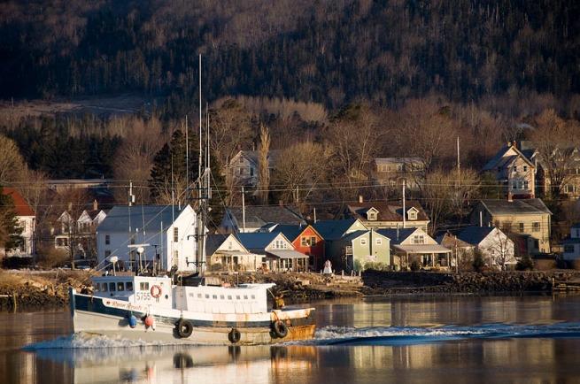 fishin-boat-annapolis-royal