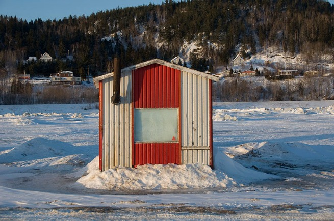 ice-fishing-shack1