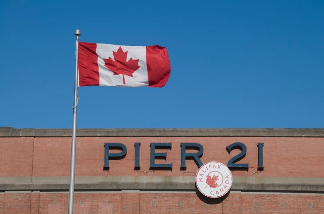 pier-21-canadian-flag