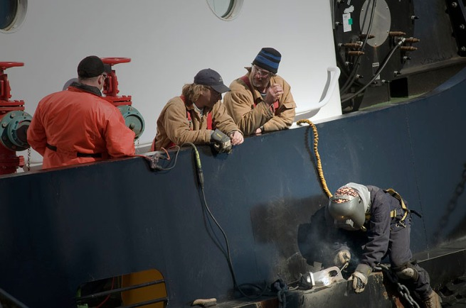 repairing-the-tug-boat