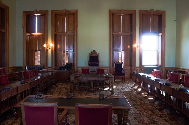 senate-room
