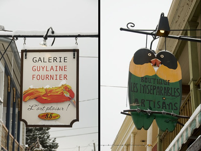 signs-in-baie-st-paul