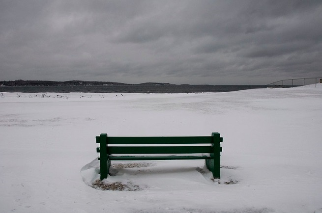 snowy-bench-at-point-pleasant