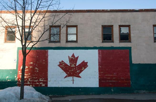 sun-setting-on-flag-mural1