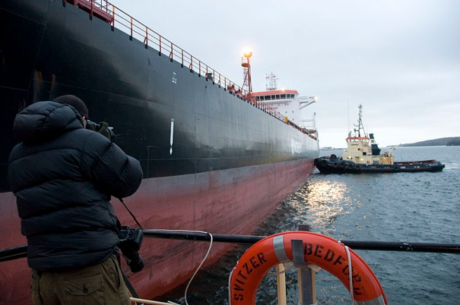 tim-shooting-the-tug-and-tanker