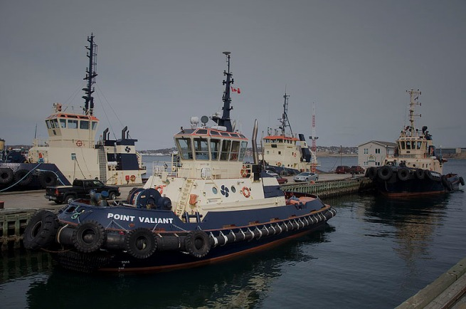 tugs-in-halifax-harbour
