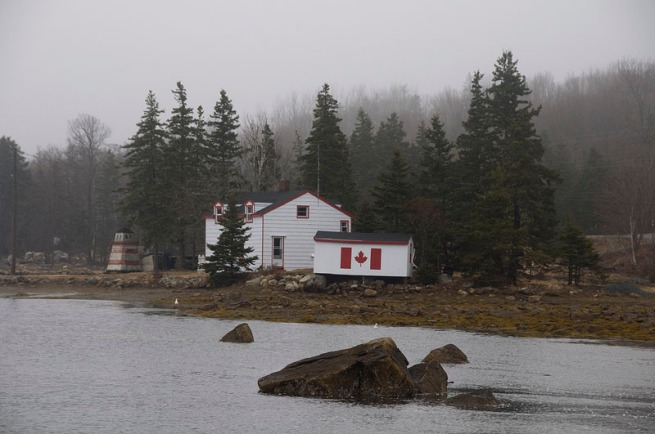 glen-margret-canadian-flag-on-building-painted