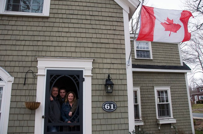 leaman-family-with-canadian-flag