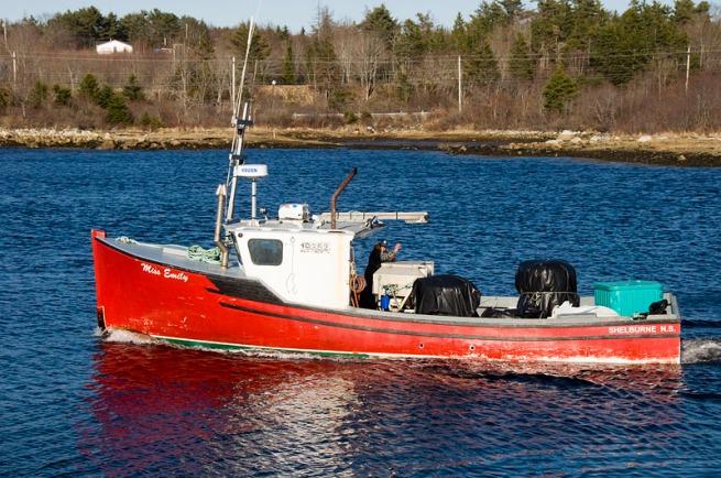 miss-emily-boat