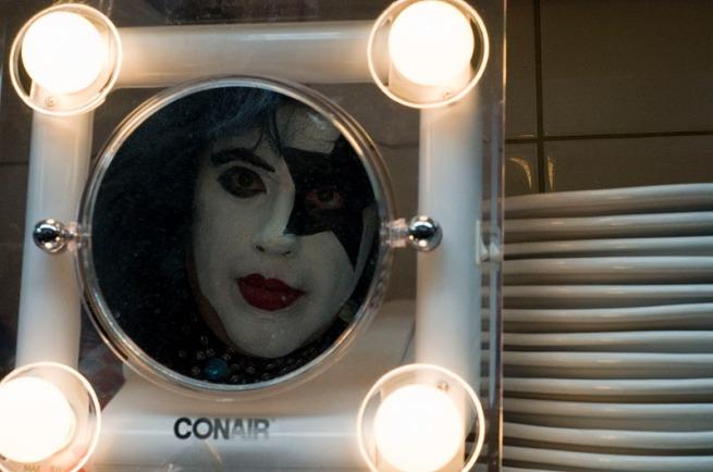 paul-in-mirror