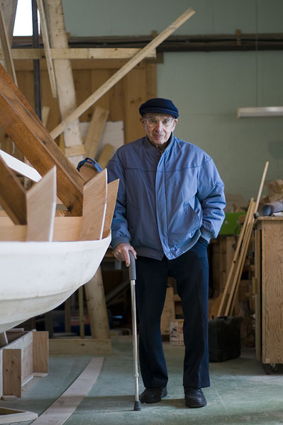 ray-the-boat-builder