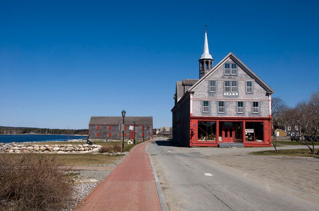 shelburne-waterfront-coxs-building