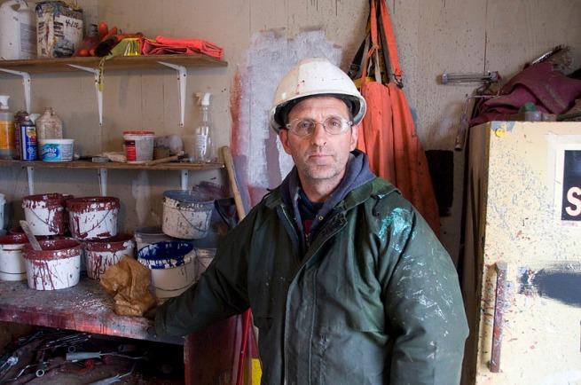 ship-builder-painter-man