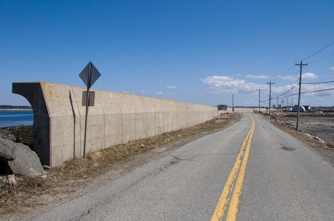 yarmouth__wave-wall_