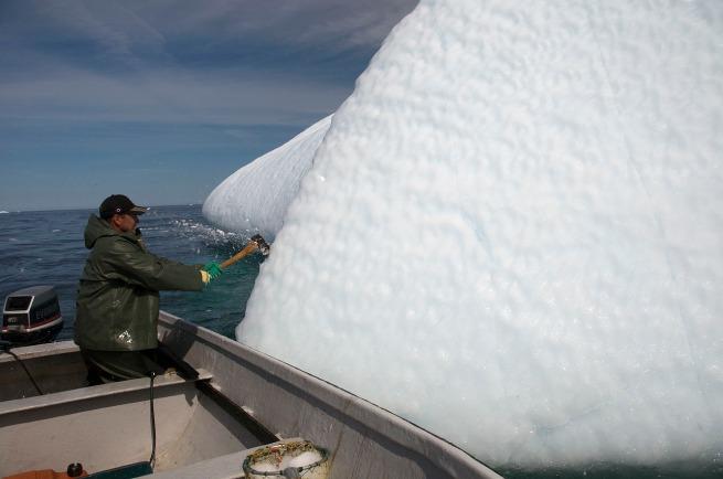 axe iceberg