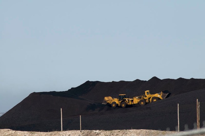 loaders moving coal in sydney