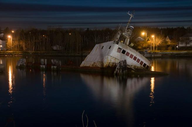 sinken boat sydney