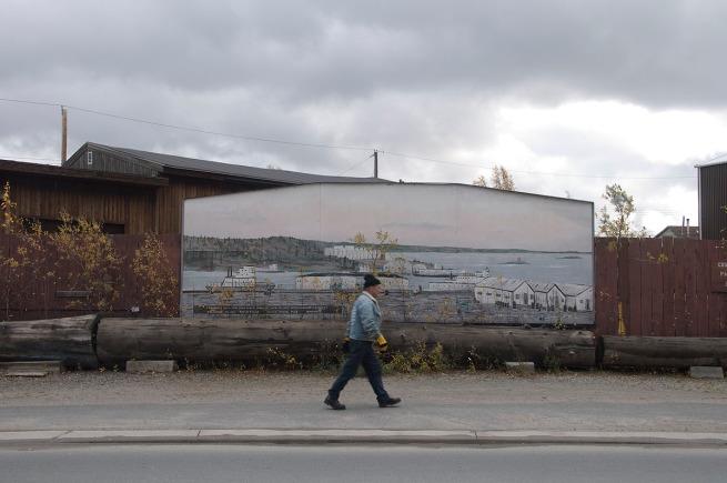 mural in oldtown yellowknife _tim van horn